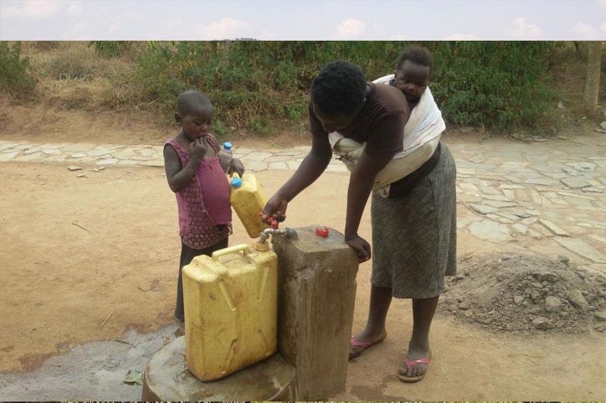 The Rwandan Water Hunter